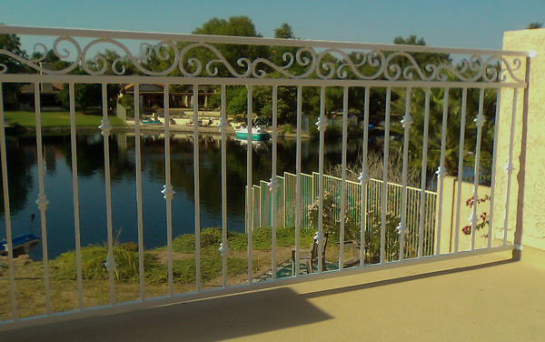 Decorative Wrought Iron Fencing 3 Rail Deck Railing